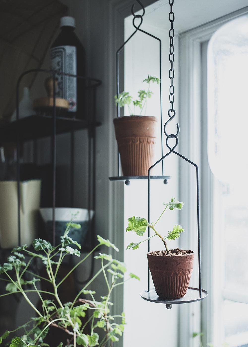 Hanging Stand for Pot Antique Zinc Low