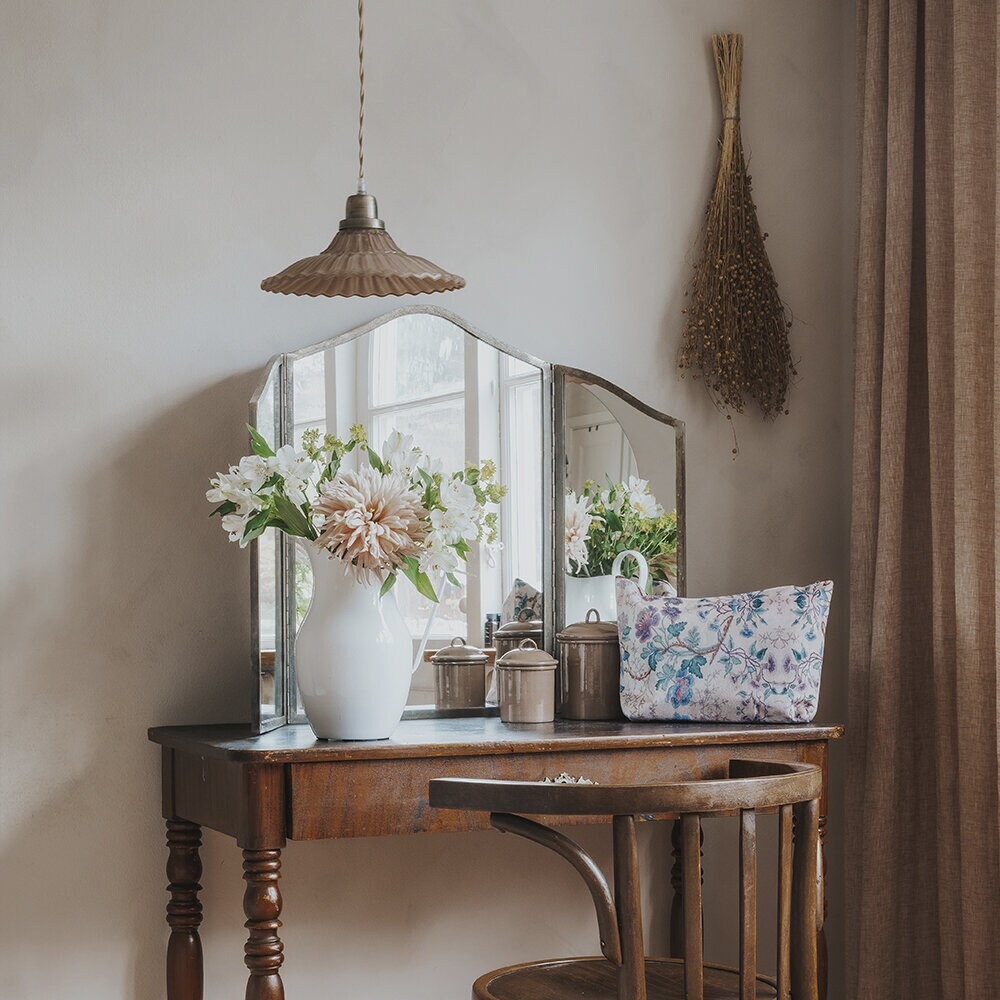 Pendant Lamp Gunilla Wide Pink/Antique Brass
